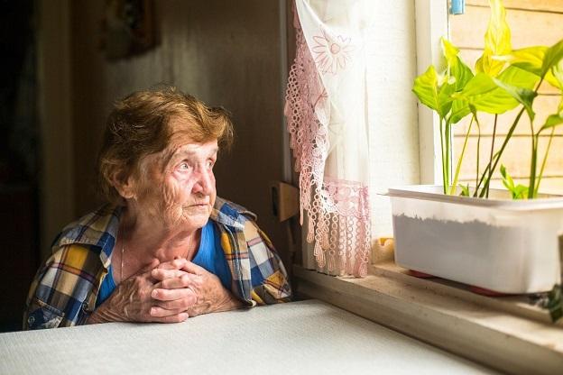 Sử dụng điều hòa cho gia đình có người cao tuổi cần chú ý gì?